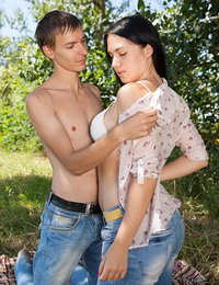 Viki is fucked in the park by her boyfriend for all to see